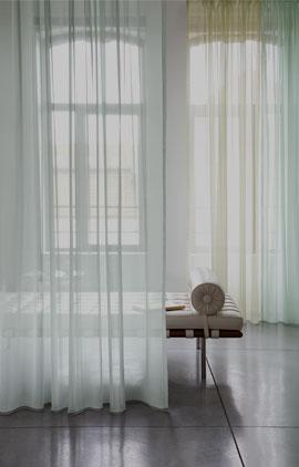 Tkaniny transparentne